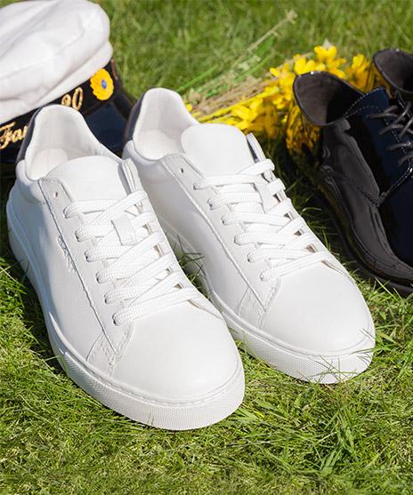 release date: 71861 ff375 Shoppa skor och accessoarer inför student till honom. Studentskor för honom  Shoppa herr