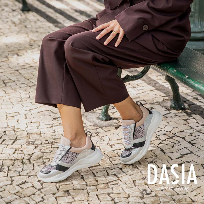 Skor från Dasia online | Scorett.se