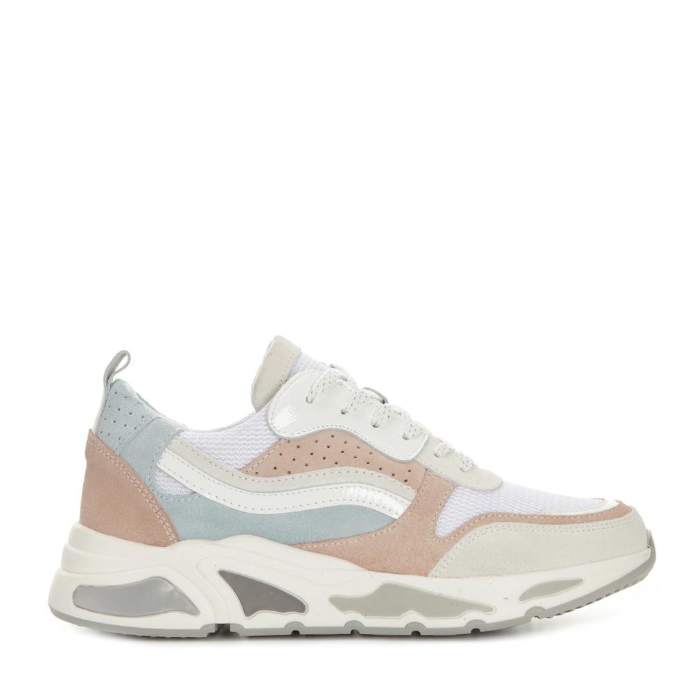 Buckie Sneakers
